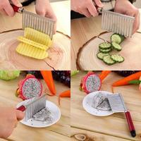 Рифленый нож для фигурной нарезки картофеля и овощей