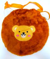 Мягкая сумочка с вышивкой