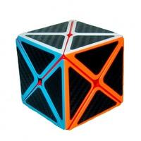 Головоломка-кубик с треугольной гранью