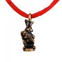 Браслет красная нить Кролик
