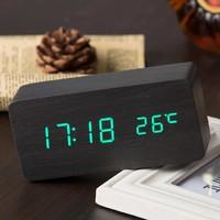 Электронные часы в деревянном корпусе VST-862-4 зелёные цифры